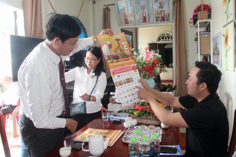 Hanh-trinh-Yeu-Thuong-(48)