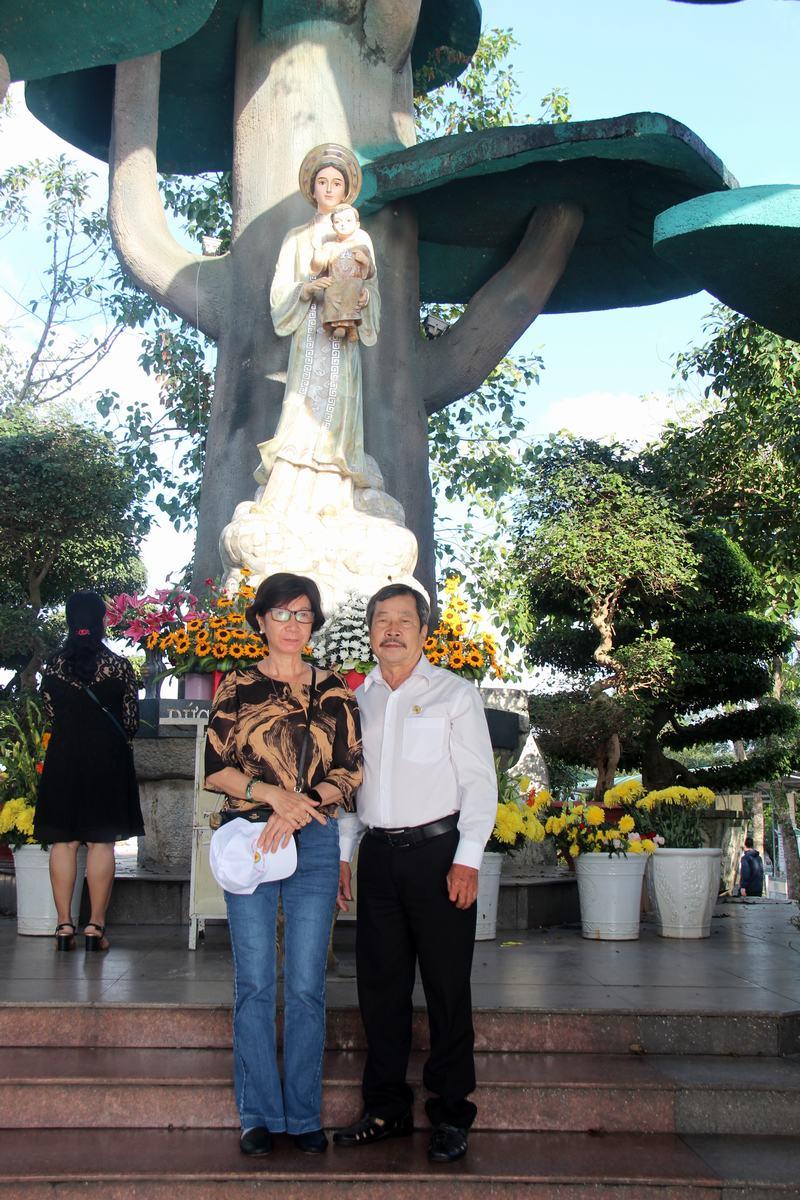 Hanh-trinh-Yeu-Thuong-(5)