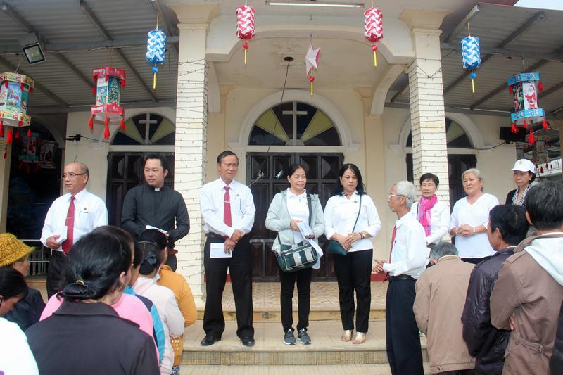 Hanh-trinh-Yeu-Thuong-(53)