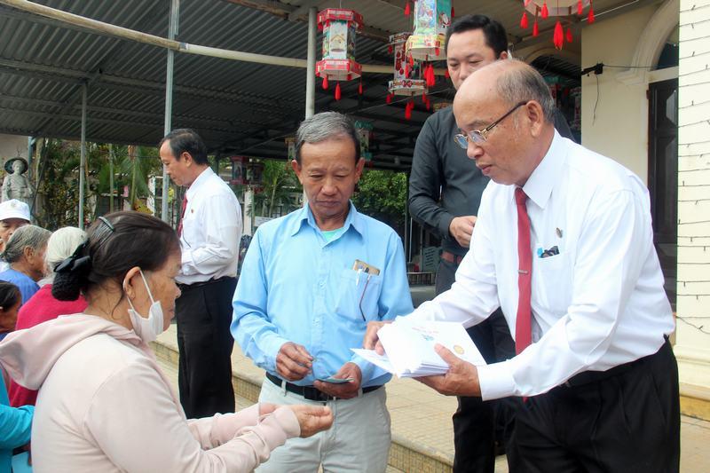 Hanh-trinh-Yeu-Thuong-(56)