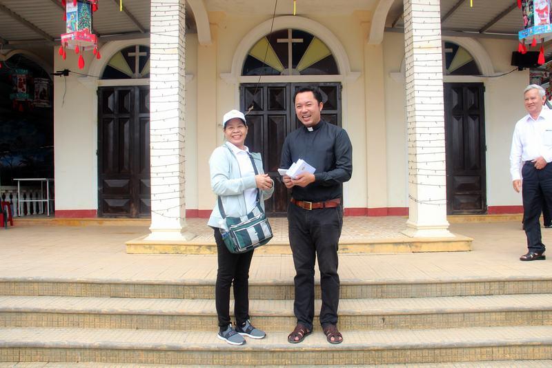 Hanh-trinh-Yeu-Thuong-(61)